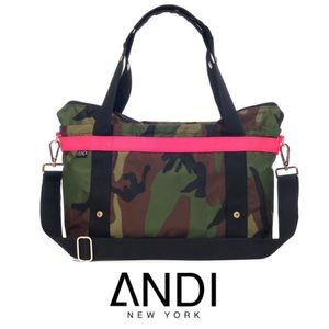 The ANDI Small Camo Pop Pink
